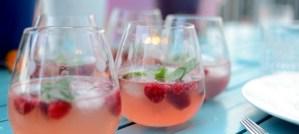Kippis kesäilloille: Vadelmainen vodkadrinkki