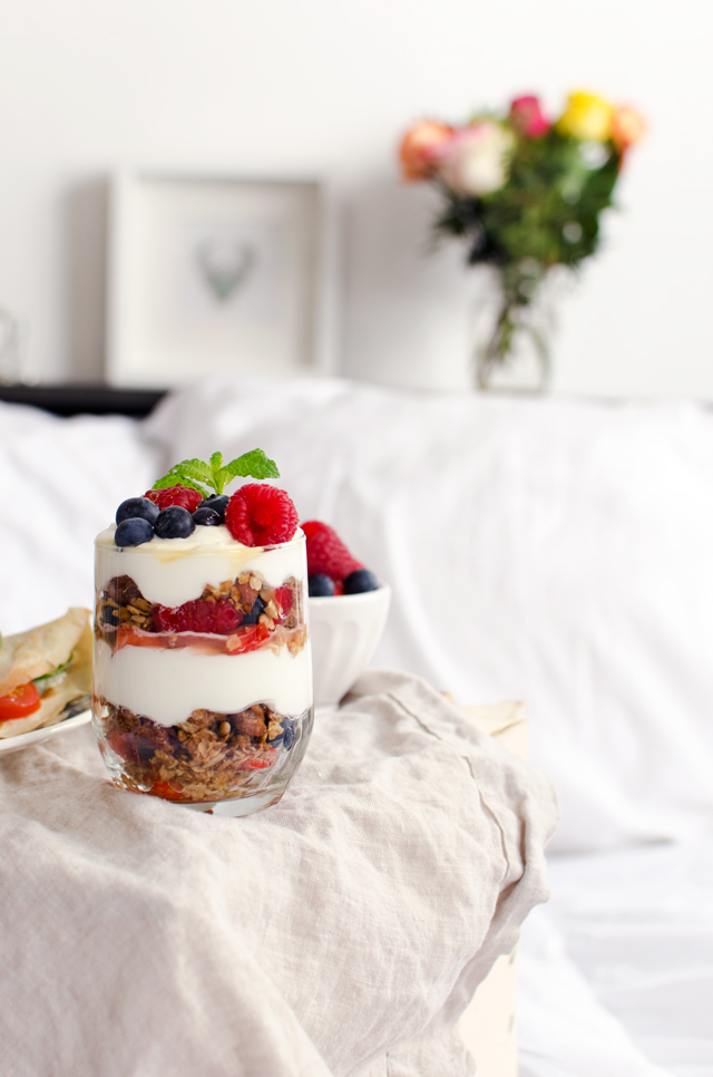 berry granola coconut parfait | tuulia talvio