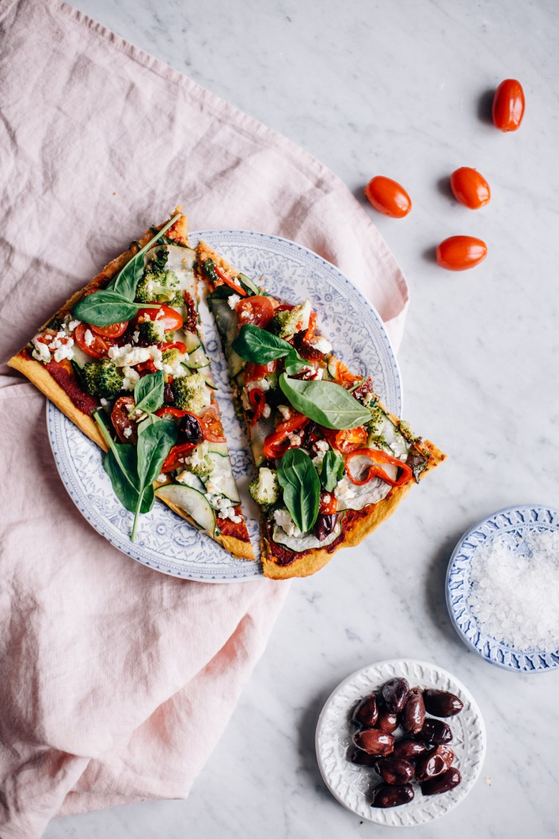 Super Veggie Pizza w/ Sweet Potato Crust | tuulia blog