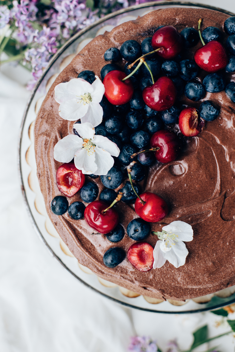 Double Chocolate Cake (gluten and dairy free!) | tuulia blog