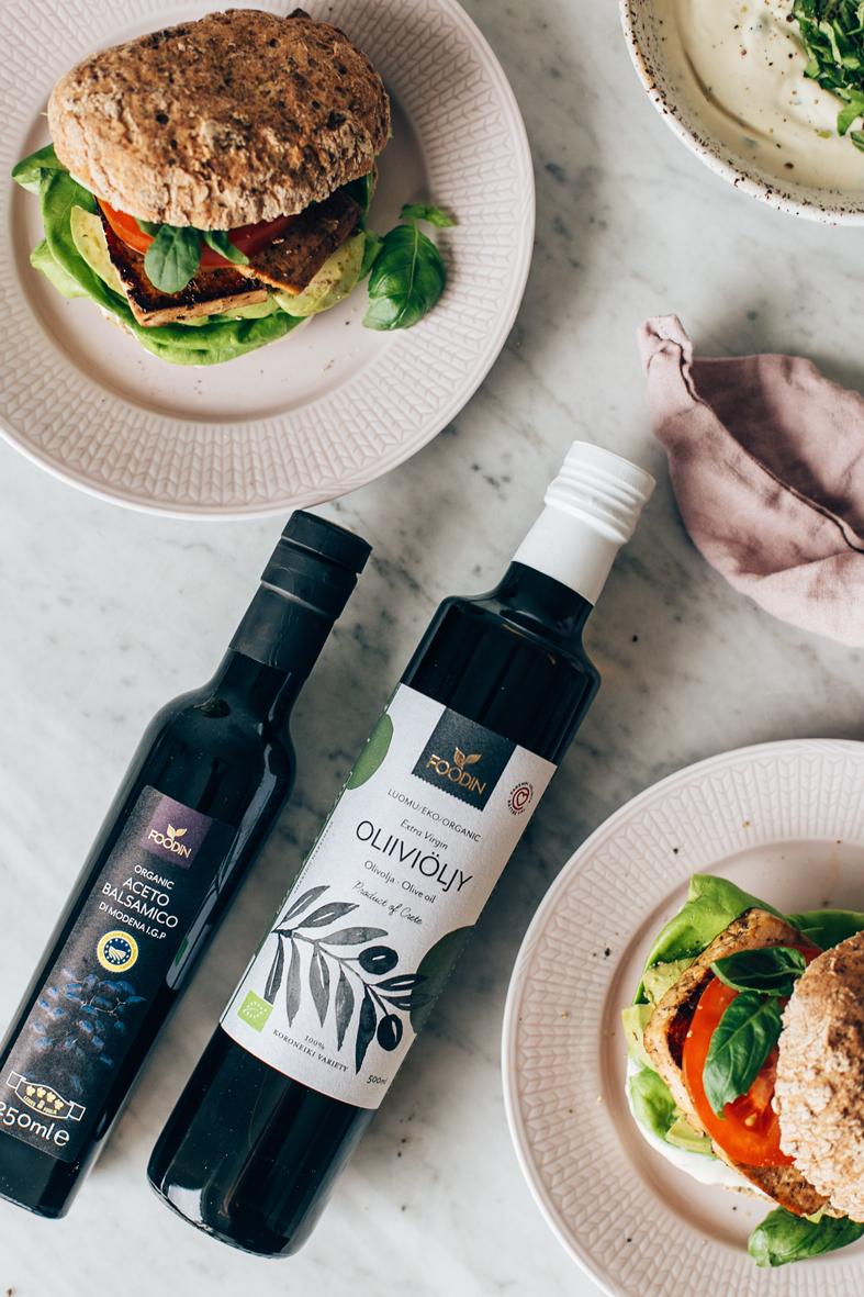 Foodin oliiviöljy ja balsamico