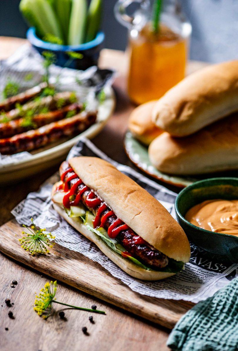 Hot Dog Oskari laste toorvorstiga. Lapsed seda sööksid