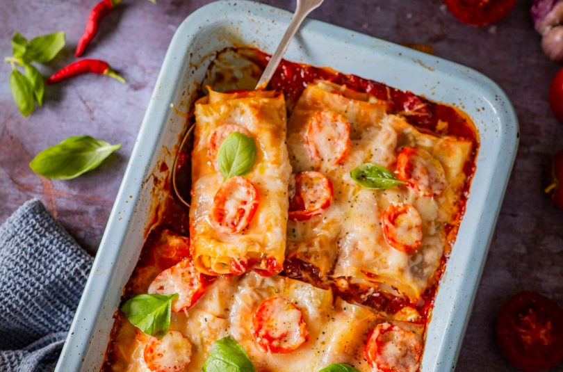 Lasanjerullid tomatikastme ja juustuga