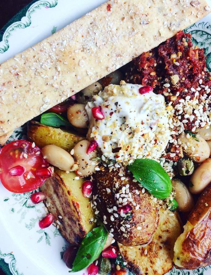 """Att få ihop matvardagen med """"bowls"""": inspiration till lunch och snabbmiddag"""