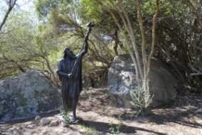 Attēlā Mozus skulptūra Salēmas Bībeles dārzā Vindmeulā, Dienvidāfrikā (vairāk: