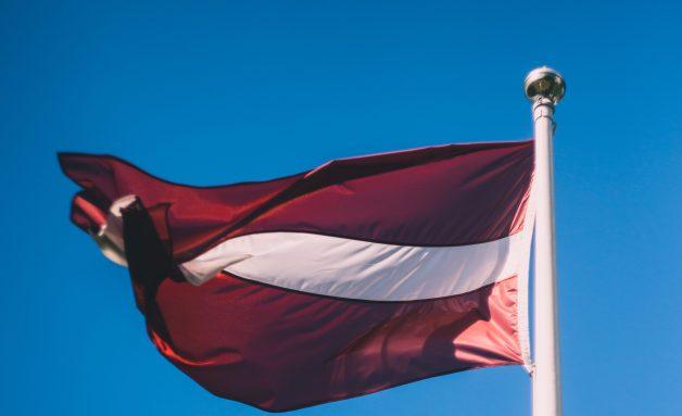 Dievs, svētī Latviju! Valsts svētku dievkalpojumi un koncerti Latvijas dievnamos