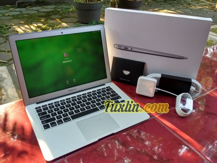Paket Pembelian Apple Macbook Air MMGF2
