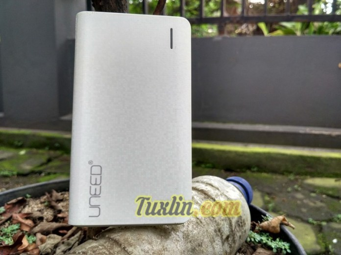 Review Uneed UPBL-10.1 10.000mAh