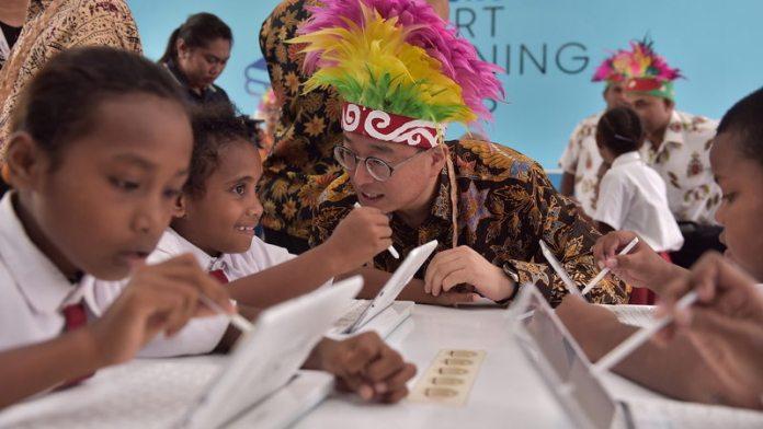 Samsung Smart Learning Class (SSLC), Sekolah Berbasis Teknologi Dibuka di Biak Papua 3