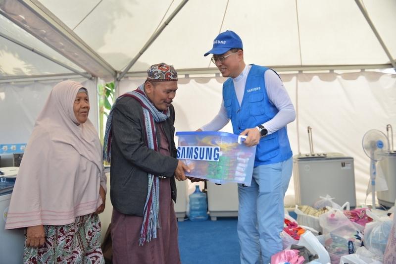 Dirikan Dua Posko, Samsung Peduli Sulawesi Tengah Siap Bantu Masa Pemulihan Bencana 11