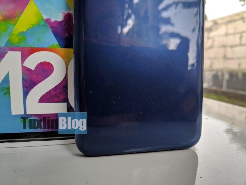 Review Samsung Galaxy M20: Baterai Besar Jadi Andalan 5