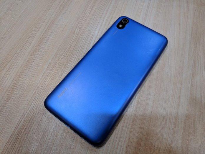 Hands On Xiaomi Redmi 7A, Nyaman Digenggam 9