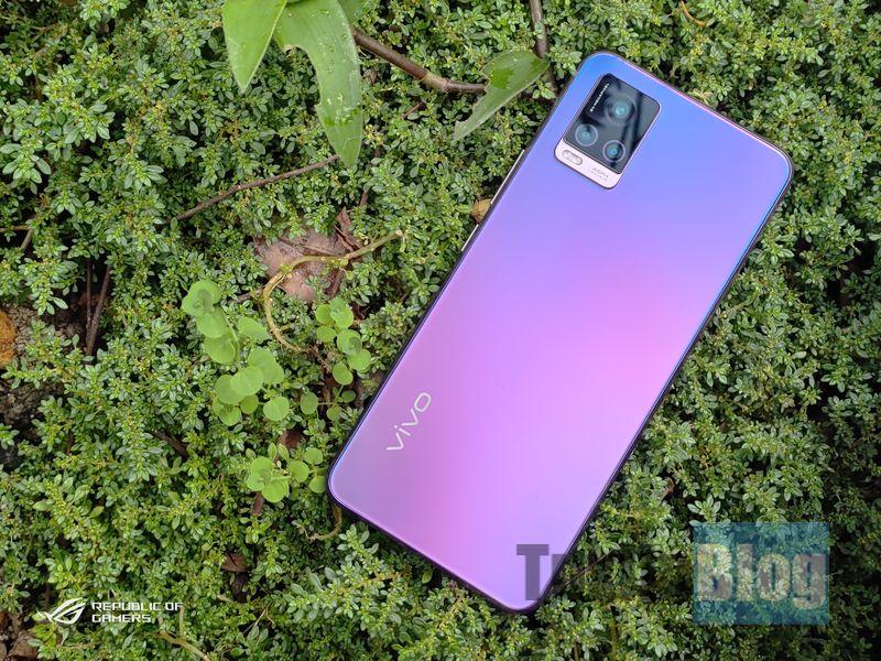 Vivo V20 2021 Review: Cantik, Ringkas dan Cocok untuk Selfie 1
