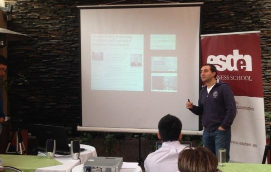 Curso de Estrategia Digital con @TuyoIsaza