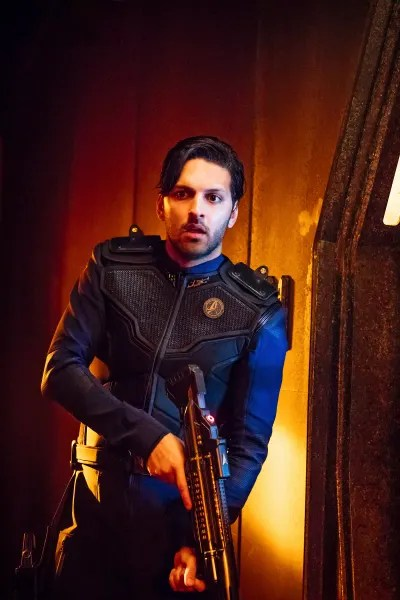 Ash Tyler Up Close - Star Trek: Discovery Season 1 Episode 6
