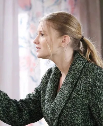Allie Gets Bad News - Days of Our Lives