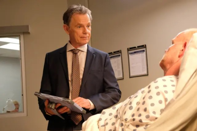 Anyone but hodad the resident s2e10