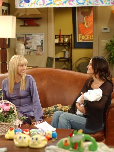 Aunt Monica and Phoebe - Friends