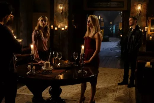 A Reunion - The Originals Season 5 Episode 8