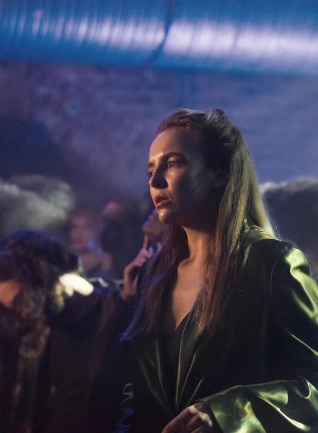 Killing Eve Streaming Season 2 : killing, streaming, season, Killing, Season, Episode, Review:, Desperate, Times, Fanatic