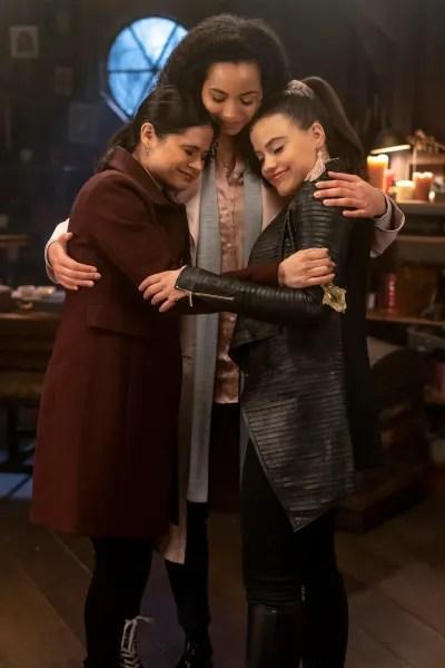 Sisters Reunited - Charmed (2018) Season 1 Episode 18