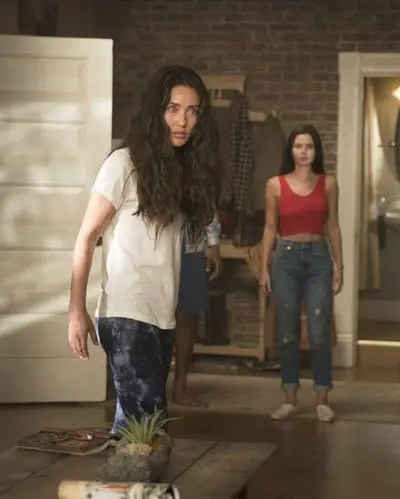 Siren Season 2 Streaming : siren, season, streaming, Watch, Siren, Online:, Season, Episode, Fanatic