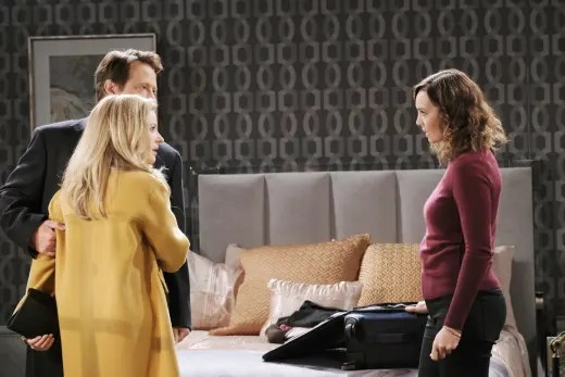 Gwen's Bombshell - Days of Our Lives