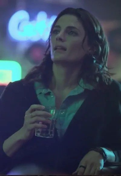 Emily Drinks - Absentia Season 3 Episode 1