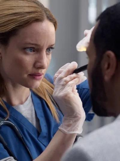 Mags Examines John Doe. - Transplant Season 1 Episode 3