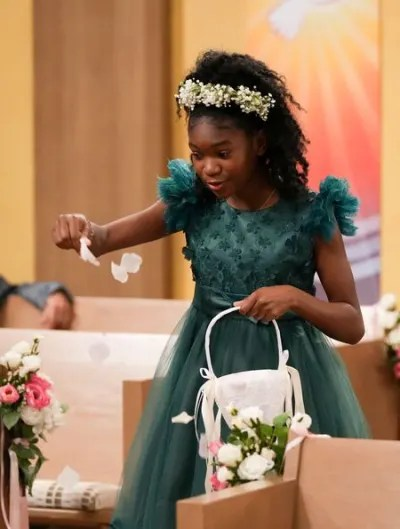 Mary Is The Flower Girl - The Conners Season 4 Episode 4