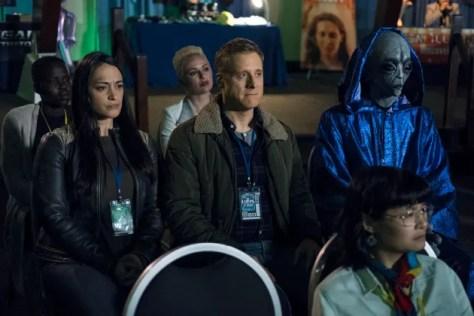 Resident Alien Season 1 Episode 9 Review: Welcome Aliens - TV Fanatic