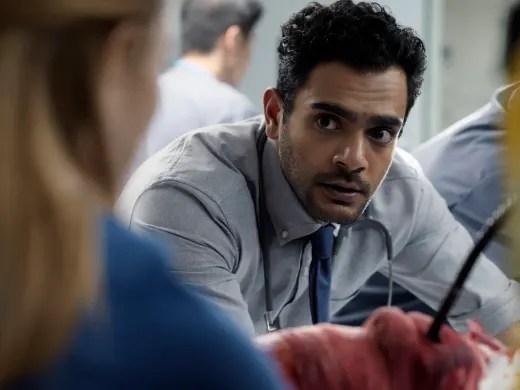 Bashir facing Magalie - Transplant Season 1 Episode 2