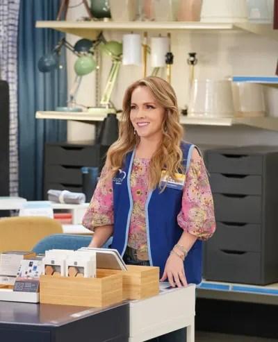 Kelly's Back-Supermarket Season 6 Episode 7