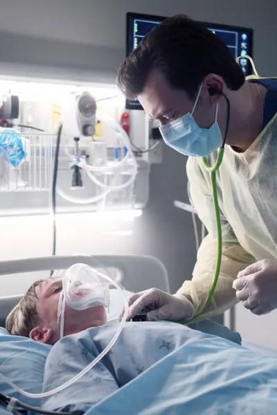Theo Tries To Help Tristan - Transplant Season 1 Episode 3