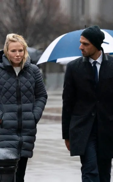 (TALL) Rollins Undercover - Law & Order: SVU Season 21 Episode 14