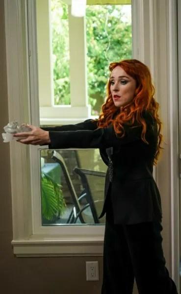 Rowena Works Her Magic - Supernatural Season 15 Episode 2