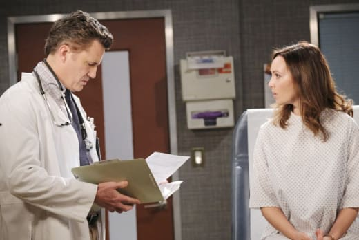 Dr. Snyder Blackmails Gwen - Days of Our Lives