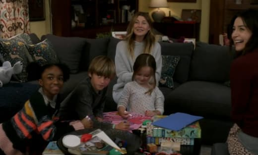 Mer Reunites with the Kids - Grey's Anatomy Season 17 Episode 15