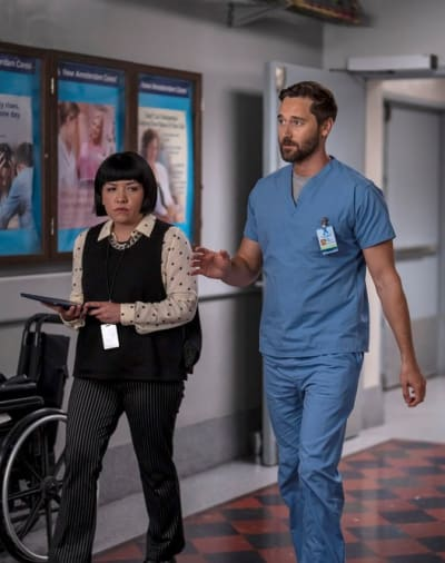 Delegating After a Catostrophe-tall - New Amsterdam Season 4 Episode 1