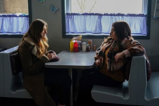 Ghost Jess at a Diner  - In The Dark Season 3 Episode 10