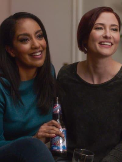 Kelly and Alex - Supergirl Season 6 Episode 9