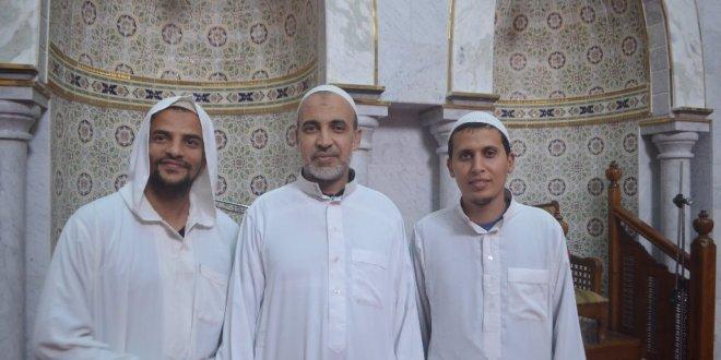 . مع القارىء احمد عبد الكريم في صلاة التراويح من مسجد بلحطاب ببوسعادة.