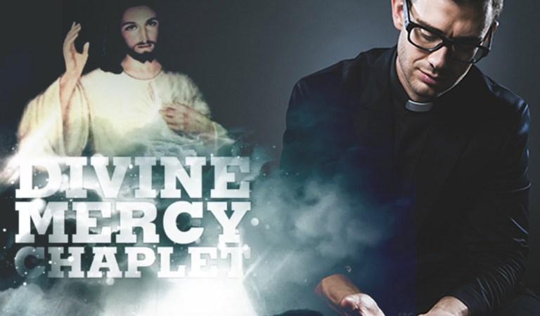 La coronilla de la  divina Misericordia cantada por Fr Rob Galea, Natasha and Gary Pinto (inglés)