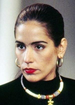 """Glória Pires como Raquel em """"Mulheres de Areia"""" (1993)"""