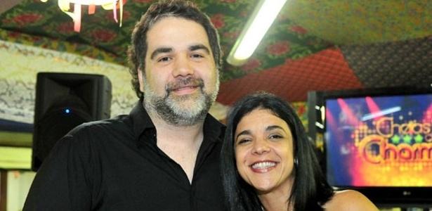 Os autores Filipe Miguez e Izabel de Oliveira