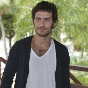 11.dez.2012 - O ator Gabriel Braga Nunes