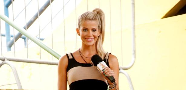 https://i0.wp.com/tv.i.uol.com.br/album/2013/03/21/2013---a-apresentadora-karina-bacchi-1363898721559_615x300.jpg