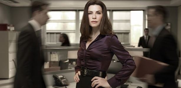 "Alicia (Julianna Margulies) na segunda temporada de ""The Good Wife"""