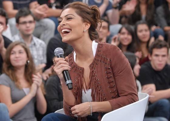 Juliana Paes é uma das convidadas do programa Altas Horas (setembro/2011)