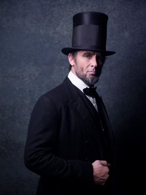 "U.S. NGC's first original factual drama ""Killing Lincoln"" sets record ratings"